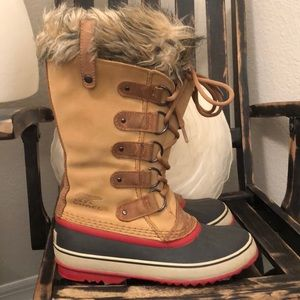 Sorel Women's Joan of Arc Winter Boots Sz 9